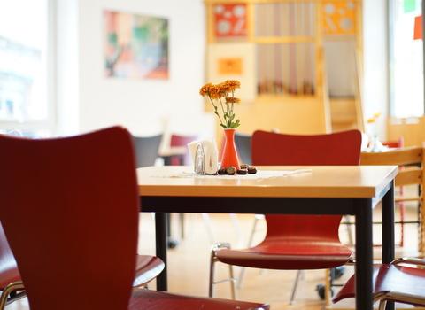 Das KIFAZ Café
